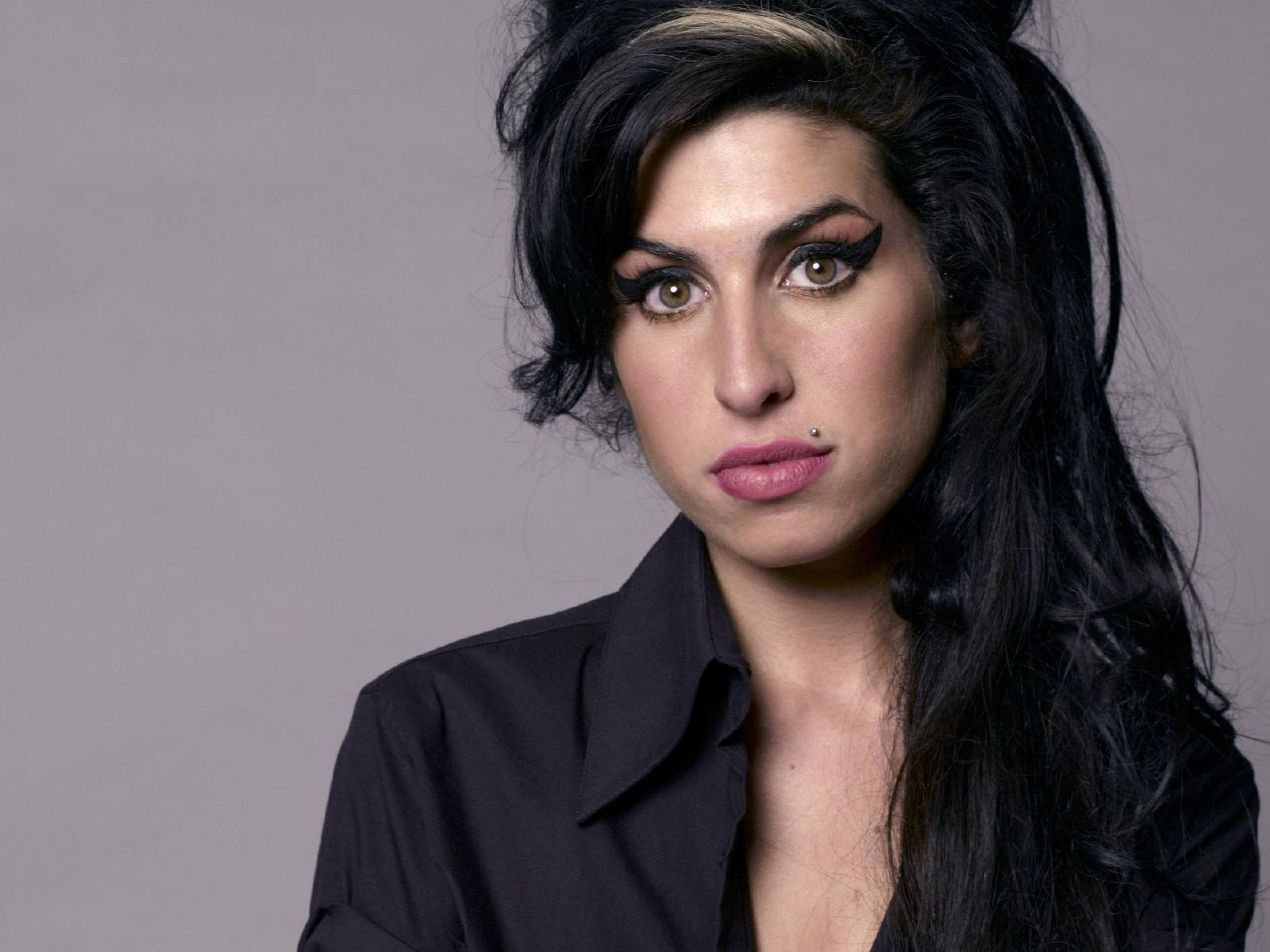Back to Black?- Gaultier's Amy Winehouse Tribute | Love, Honey Amy Winehouse
