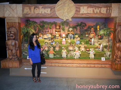 Honey Aubrey Teddy Bear World Hawaii